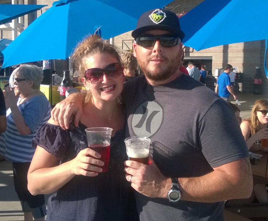 beer-couple