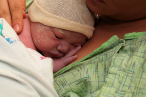 skin to skin after childbirth