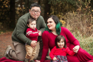 Wong family holiday photo session with everyone looking silly but more true to form