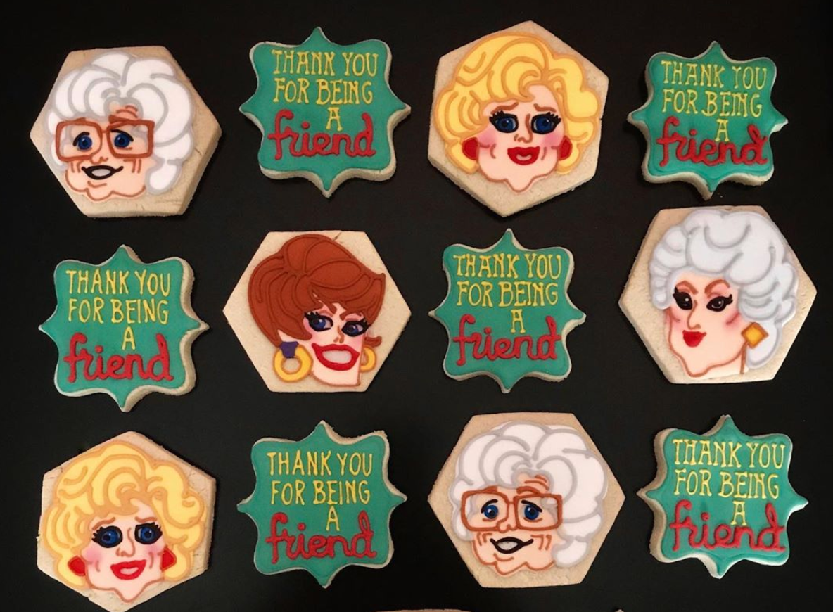 "Cookies decorated with the faces of each of the Golden Girls characters and the text ""Thank you for being a friend"""