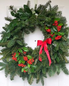 easy Christmas wreath tutorial