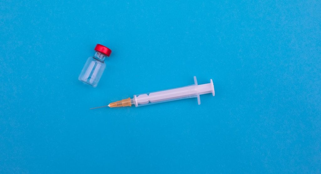 Syringe and vial